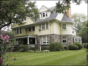 The house at 2008 Scottwood Ave., near the Toledo Museum of Art, is to chronicle the history of Toledo s glass industry.