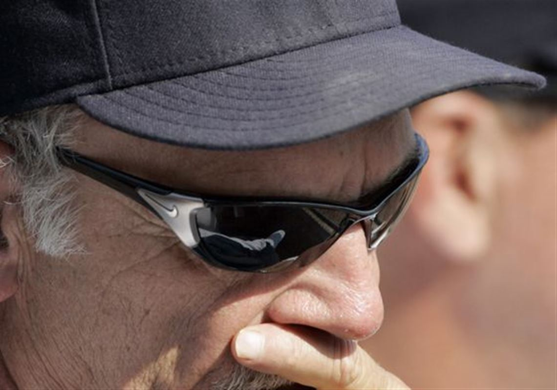 6fec5a98f4 Tigers manager Jim Leyland will meet Monday with GM Dave Dombrowski to  discuss a contract extension