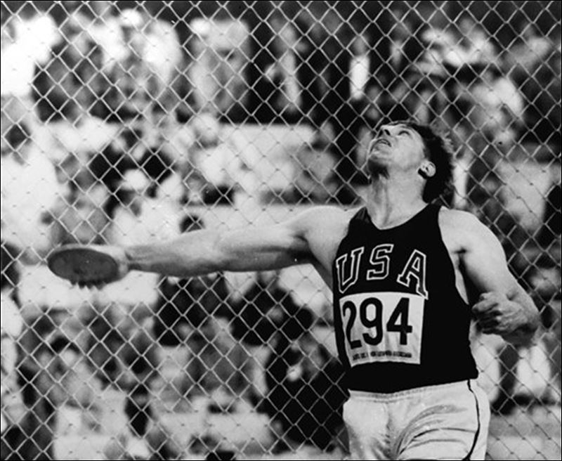 Discus Throw Release al Oerter Releases The Discus