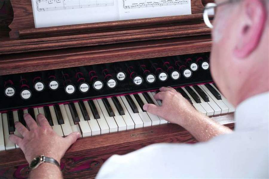 Reed-Organ-Society-marks-25th-year-with-celebration-2