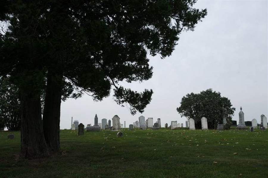 Many-of-Ohio-s-older-burial-grounds-have-devilishly-intriguing-titles-2