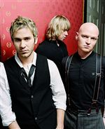 Lifehouse-takes-its-new-disc-on-the-road