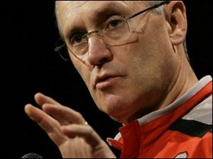 Ohio State coach Jim Tressel wants his players to experienc
