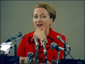 Margaret Truman Daniels is shown at a press conference in Kansas City, Mo., in 1972.
