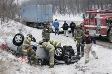 SINGLE-CAR-CRASH-ON-I-75-HURTS-DRIVER