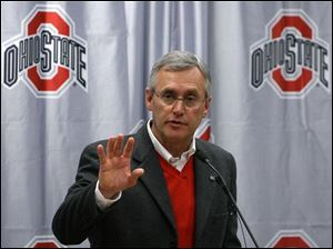 OSU coach Jim Tressel had to rein in 300-pound Texan J.B. Shugarts for already talking national championships.