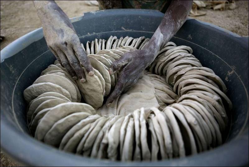 Картинки по запросу haitian mud cookies