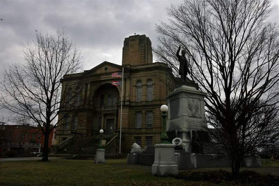 Last-Seneca-County-courthouse-tour-held-next-is-March-4-vote-2