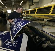 Toledo-firm-makes-political-mark-as-one-of-three-suppliers-of-Obama-signs
