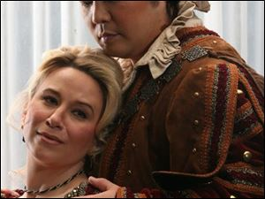 Kerri Marcinko, left, playing Leonara and Dongwon Shin as Manrico, right, will appear in <i>Il Trovatore</i>.