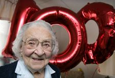 Centenarian-celebrates-with-family-and-friends