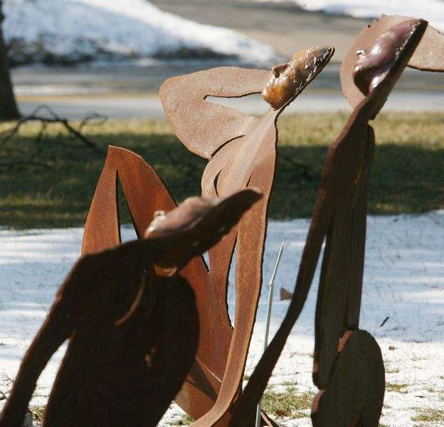 Ottawa-Hills-sculpture-garden-indicates-shape-of-things-to-come-2