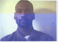 U-S-Marshals-look-for-escapee-man-wanted-in-credit-card-fraud-2