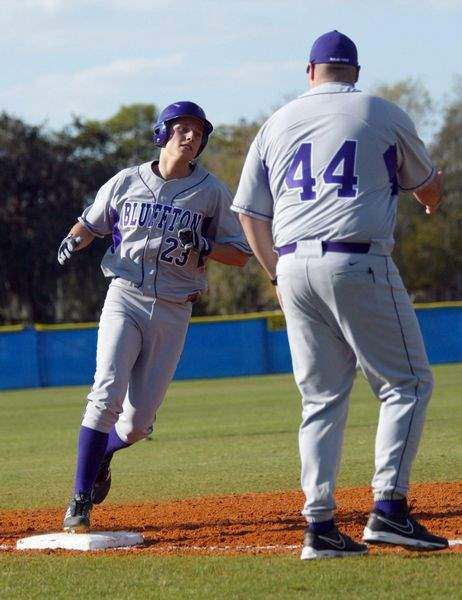Bluffton-players-return-to-the-field-1-year-after-crash-2