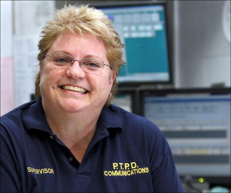 Dispatcher retires from the only job she's known - Toledo Blade