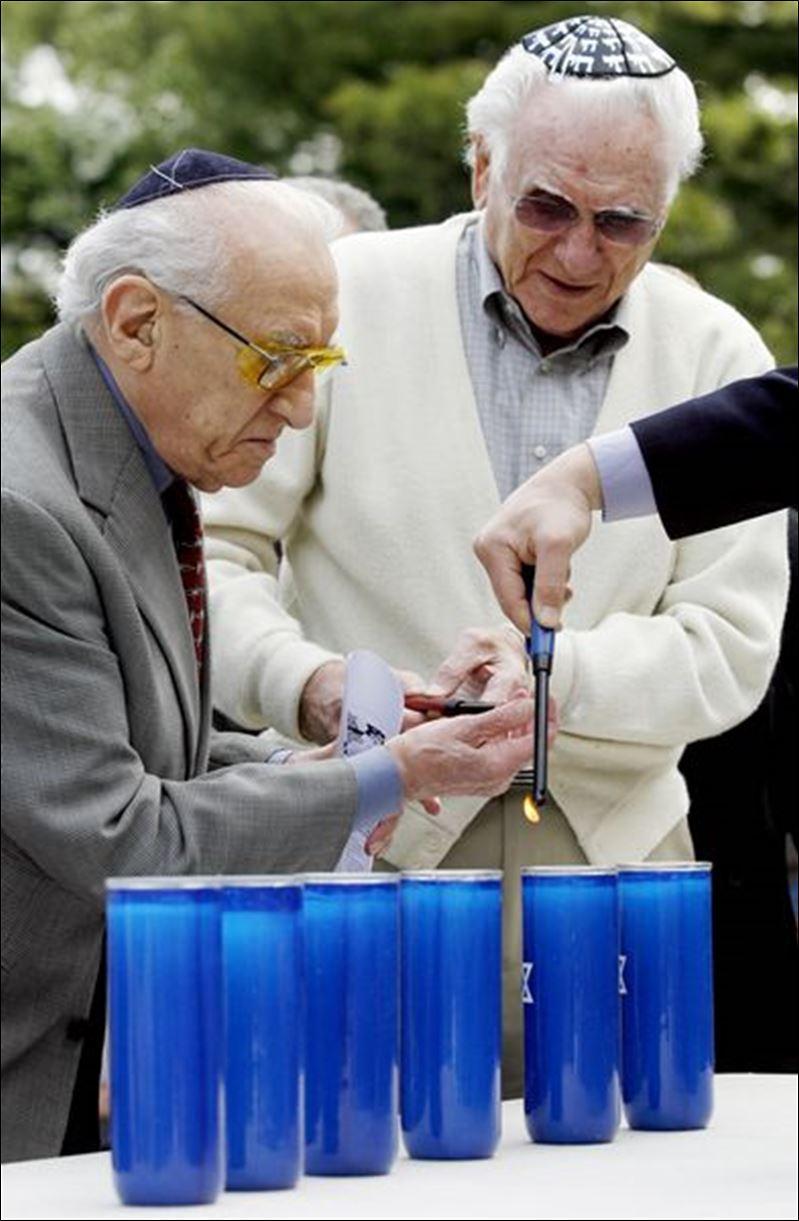 http://www.toledoblade.com/image/2008/05/02/800x_b1_cCM_z/Concentration-camp-survivors-from-Holocaust-part-of-Sylvania-ceremony-3.jpg