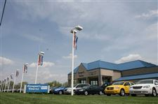 2-dealers-to-share-franchises-Grogan-to-sell-Jeep-Yark-to-offer-Dodge