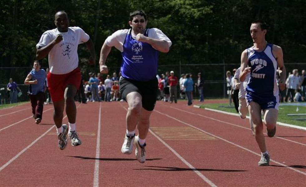 1-500-gather-at-Special-Olympics-event