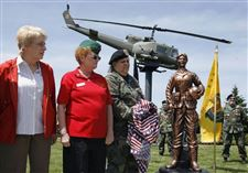 IN-MONROE-WOMEN-WHO-SERVED-IN-VIETNAM-HONORED