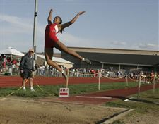 Kynard-high-jumps-7-0-2