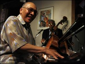 Claude Black and Clifford Murphy carry on Toledo s jazz tradition.