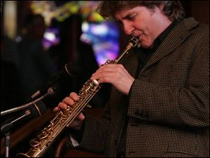 Jazz musician Tim Ries plays his soprano saxophone. He is working with the Rolling Stones on his new disc.