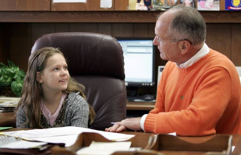 2008 young diplomats essay contest Sharon is among the many over-demanding parents who pressure their young and innocent children into beauty pageants each year and this is wrong  when a hotel owner started a contest to.