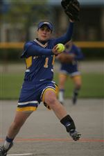 Allen-swings-away-sends-St-Ursula-to-regional-2