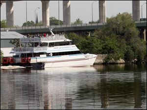 The Jet Express II leaves Toledo for Put-in-Bay on South Bass Island carrying 57 passengers. Among them were 42 people who won their trip in a contest sponsored by Pepsi and radio stations WIOT-FM and WVKS-FM. The other 15 paid $55 each.
