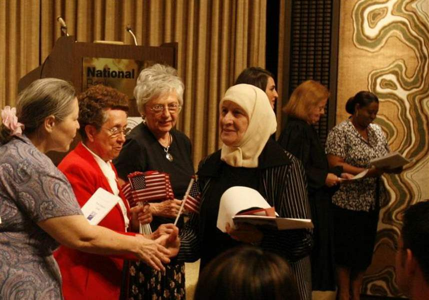 Toledo-ceremony-welcomes-42-as-new-Americans-2