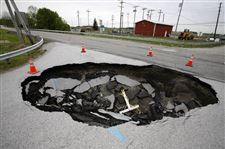 Repairs-finally-set-for-sinkhole-in-Haskins-intersection