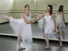 Toledo-Ballet-show-puts-a-new-spin-on-ballet
