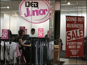 Customers at Deb, one of Southwyck s last three interior