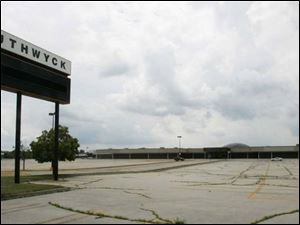The South Toledo mall was a retail hot spot after its 1972 opening, but drivers haven t fought over parking spots for years.