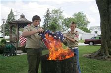 DISPOSING-OF-OLD-GLORY-IN-WOODVILLE-2