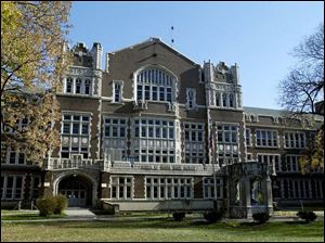 Scott is Toledo s oldest public high school, opening to students in 1913. The structure cost nearly $750,000 to build.