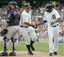 Miguel-Cabrera-Marcus-Thames-Kelly-Shoppach