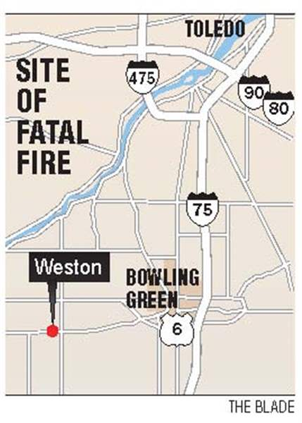 Fire-at-apartment-building-kills-2-in-Weston-about-30-escape-burning-structure-5