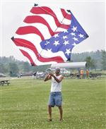 GETTING-OLD-GLORY-AIRBORNE-IT-S-A-BREEZE-IN-OREGON