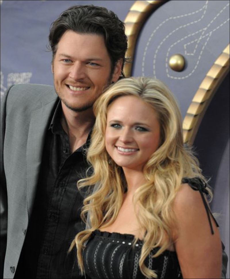 blake shelton miranda lambert set for monroe county fair