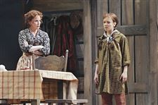 Melissa-Gilbert-returns-to-Little-House-this-time-as-Ma-Ingalls