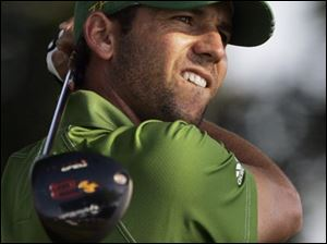 Sergio Garcia hit on 4 of 14 fairways but took only 26 putts at Oakland Hills.