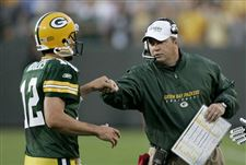 QB-Rodgers-quickly-earns-respect-from-Packers