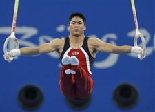 Tan-U-S-gut-it-out-gymnasts-endure-for-bronze