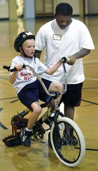 Engineer-s-camp-helps-disabled-kids-learn-to-bike-2