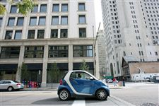 Smart-Car-gets-grins-great-mileage-in-Toledo