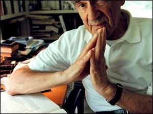 Elie Wiesel will speak at UT Oct. 30.
