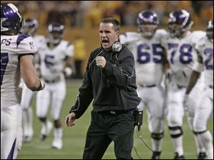 Northwestern coach Pat Fitzgerald was an All-American linebacker  for the Wildcats in 1995 and 1996.
