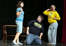 CLAY-STUDENTS-REHEARSE-FOR-FALL-PLAY