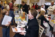 READERS-MEET-AUTHORS-AT-ANNUAL-BOOK-FAIR-IN-MONROE
